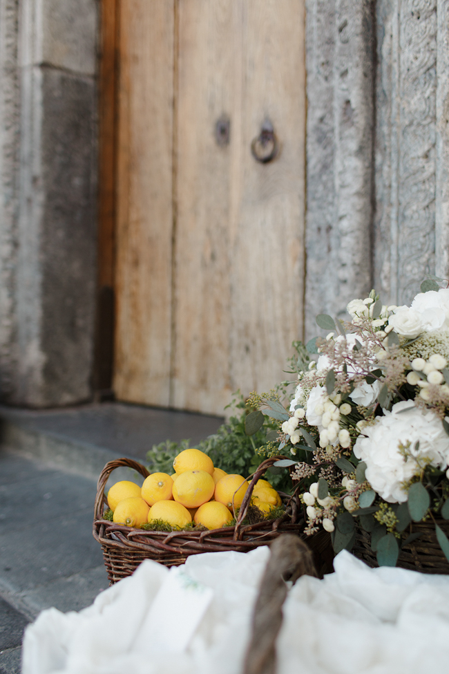 flowers and lemons amalfi coast wedding